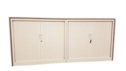 Twee roldeurkasten met houten ombouw 105 x 205 x 43 cm